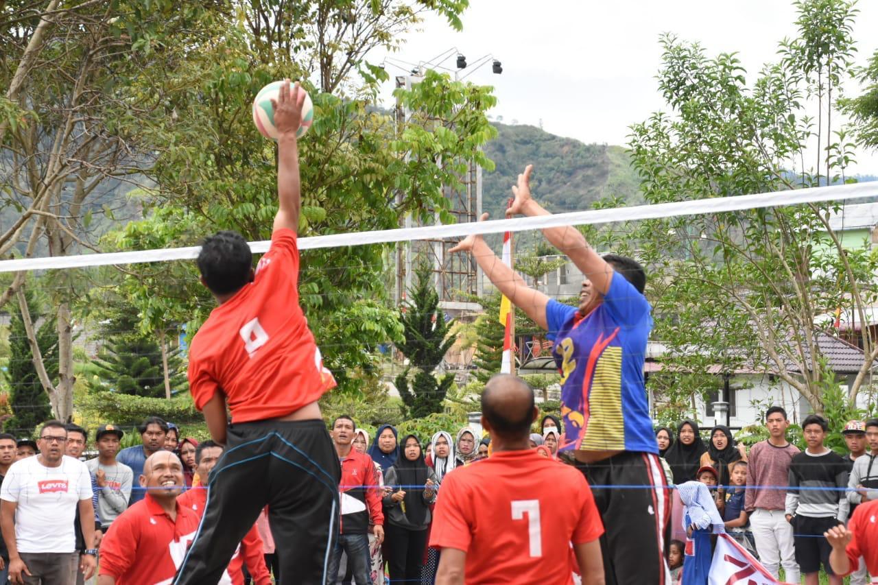 Turnamen Bola Voli Antar Aparatur Kampung Ditutup